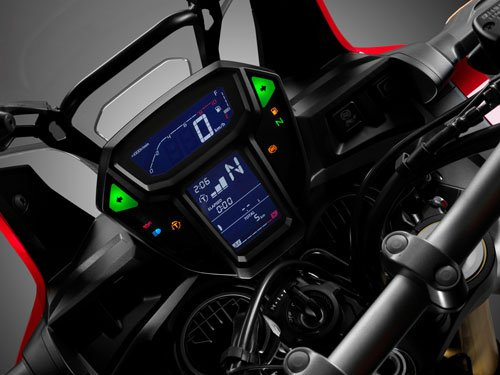 The Honda's simple clocks and clear display