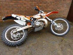 Lie the dirt bike down