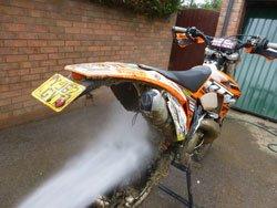 Start under the bikes mudguards