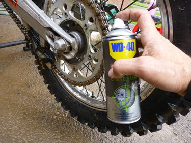 Use a specialised chain cleaner