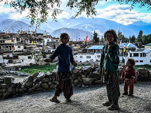 himalayan-extreme-motorcycle-tour-spiti-valley-india-himalayas